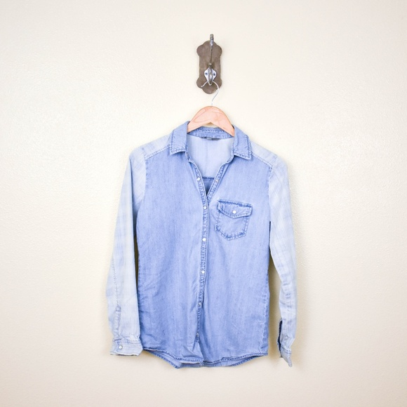 Rubbish Tops - 4/$25 RUBBISH denim chambray button down top